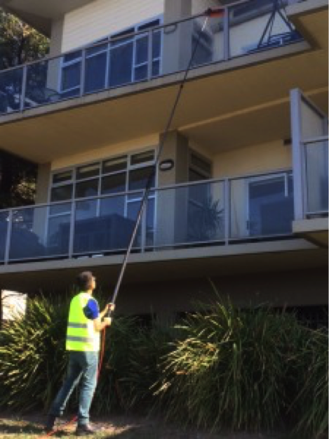 Water_fed_cleaning_melbourne